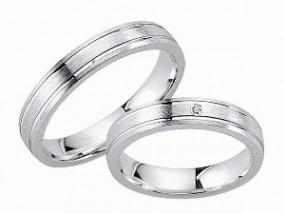 schmaler mattierter Ehering aus 925er Silber